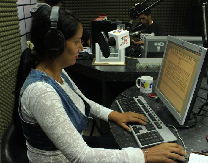 radio004
